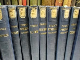 Itinéraire général de la France, par P. Joanne. Bretagne, avec un appendice pour les îles anglaises de Jersey et de Guernesey. 8 cartes et 11 plans | Monnier, Jules. Auteur
